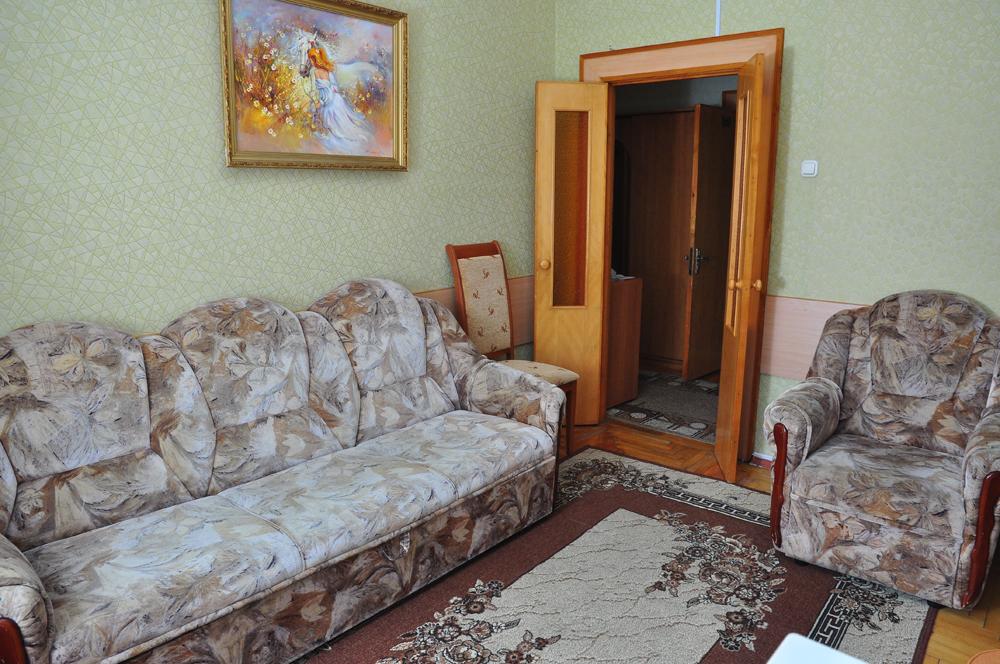 Двухместный номер ЛЮКС (гостиная)